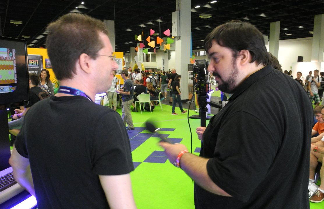 Chester Kollschen being interviewed by Dengeki Gamer
